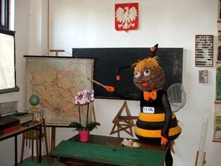 pasieka ULIK - Sala szkolna z czasów PRL