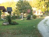 Rzeźbione, drewniane kapliczki oraz Droga Krzyżowa w Górecku Kościelnym