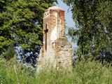 Ruiny starego kościoła w Mokrelipie
